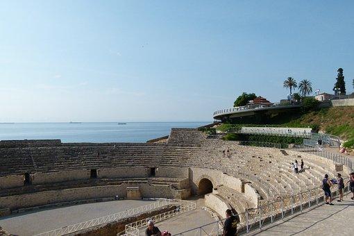 Amfiteatre romà a Tarragona a prop del museu