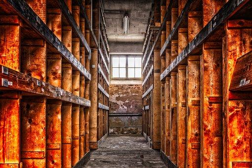 Restes d'un arxiu antic