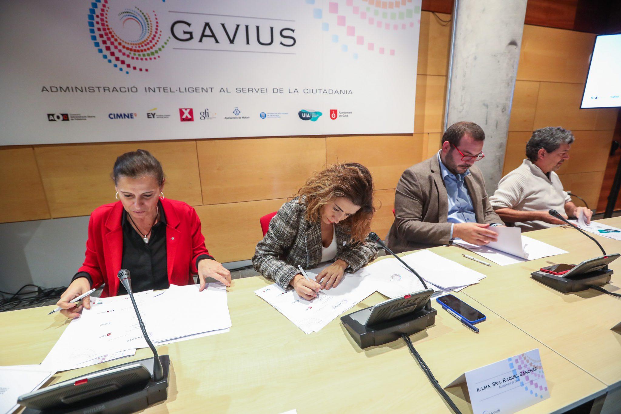 Moment de la signatura del conveni de col·laboració