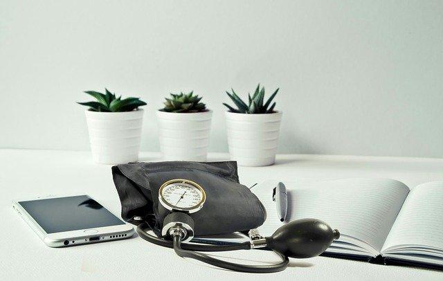 Estris de metge en una consulta