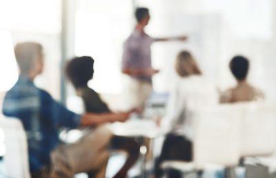 Quines són les competències bàsiques de les persones innovadores a l'Administració?